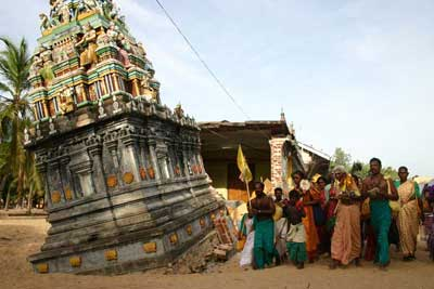 Tiruchendur Murugan Kovil, Kallady, destroyed by the Tsunami